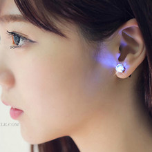 2018 Light Up diamond Glow Crystal Stainless Steel Stud Earring Jewelry For women Christmas gifts Dance Party supplies 10pcs(China)