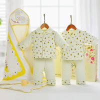 Autumn and Winter Thick Baby Cotton Gift Box Newborn Cotton Clothes Suit Newborn Baby Full Moon Gift Jacket