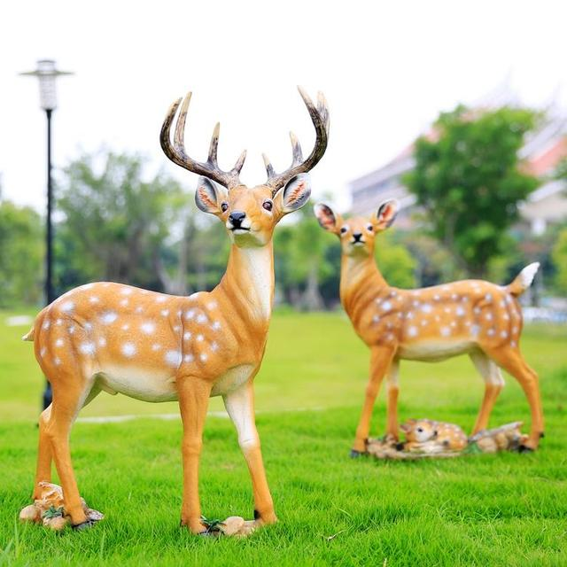 Courtyard Garden Ornaments Decorative Deer Lawn Ornaments Resin Son  Simulation Animal Jewelry
