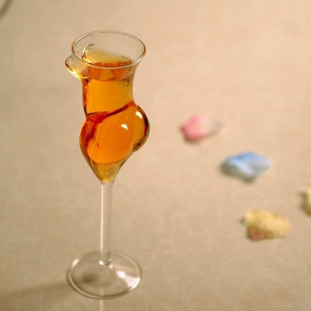 2cc969828858 Sexy creativas copas de vino copas de cristal belleza cuerpo hermoso diseño  tazas regalos de cumpleaños