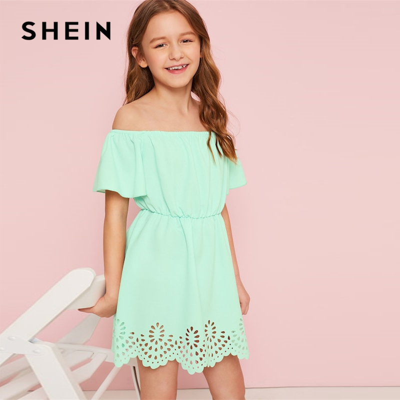 SHEIN Kiddie Green Solid Off The Shoulder Cut Out Boho Dress Kids Clothes 2019 Summer Short Sleeve Scallop A Line Girls Dresses slit flounce sleeve self belted off shoulder dress