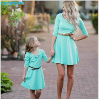 Mother Daughter Matching Dress Family Look Half Sleeve Holiday Dresses For Kids Girls Women Mom And