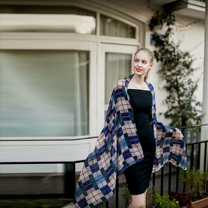... UACY 2018 Mode bandana De Luxe Scarve Femme Marque Foulards Longue  Taille 100% coton crème solaire écharpe Femmes ChâleUS  8.1 ... 1573567e5a2