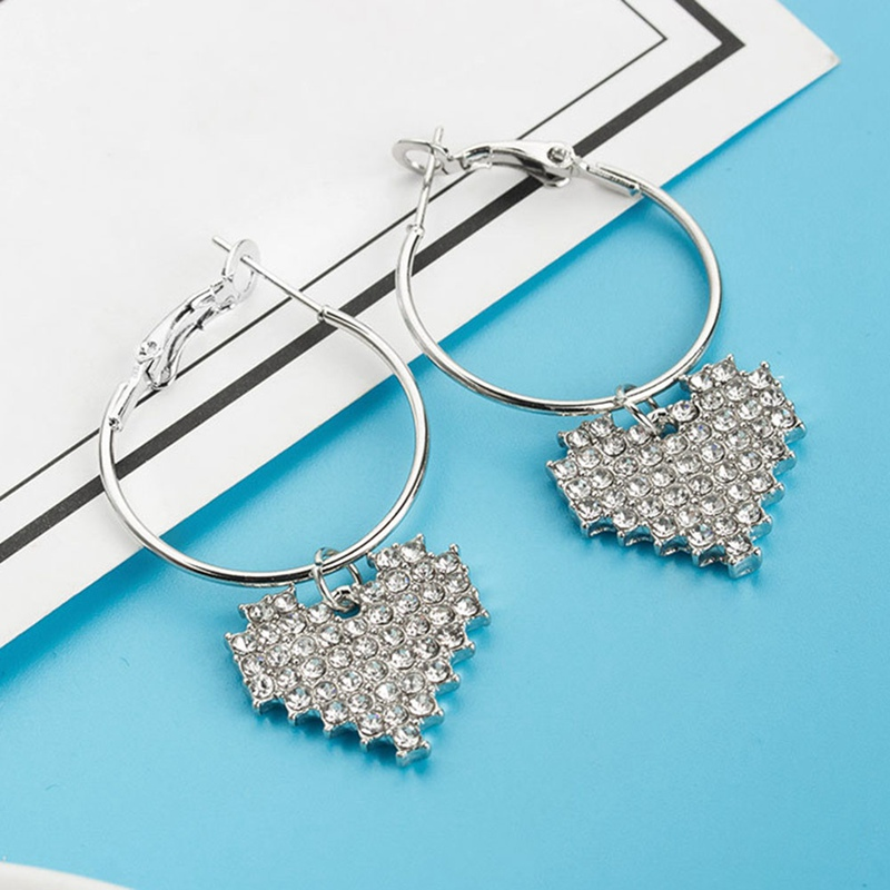 Heart Stud Earrings Love Femininity Fashion New Jewelery