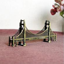 Famous USA Retro Metal Landmark Building Model Decoration Bronze Golden Gate Bridge Bar Wine Cabinet Cafe Decor