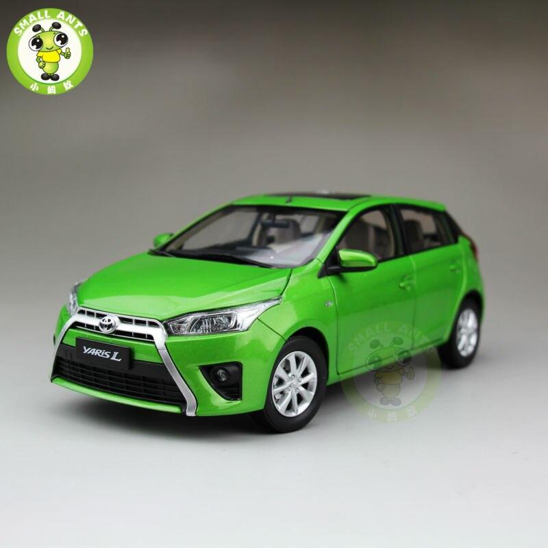 ФОТО 1:18 Toyota New Yaris L Diecast Car Model Green