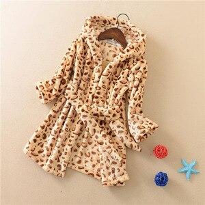 Фланелевые детские халаты, халаты для мальчиков и девочек, банные халаты с мультяшными животными для детей, домашняя одежда с леопардовым п...