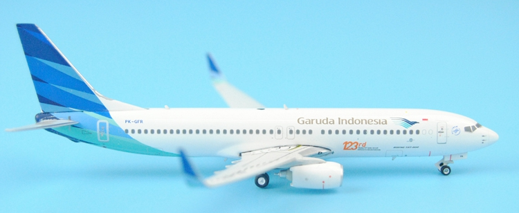Gifts Phoenix 1: 400 Indonesia Air B737-800 PK-GFR 123 # 11270 Alloy aircraft model Favorites Model fine special offer jc wings 1 200 xx2457 portuguese air b737 300 algarve alloy aircraft model collection model holiday gifts