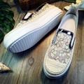 Carrefour дышащей обуви женщин толстым дном круглые плоские doug обувь педали мокасины обувь сдобы нижние пронзили