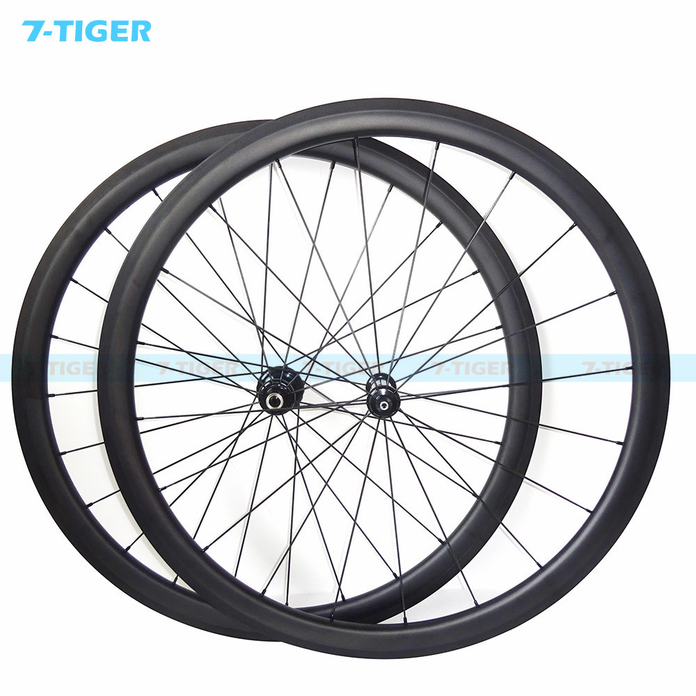 7-tiger 700C Carbon Road Bike Wheels 38 mm Clincher Carbon Wheels G3 Pattern Straight Pull Wheelset