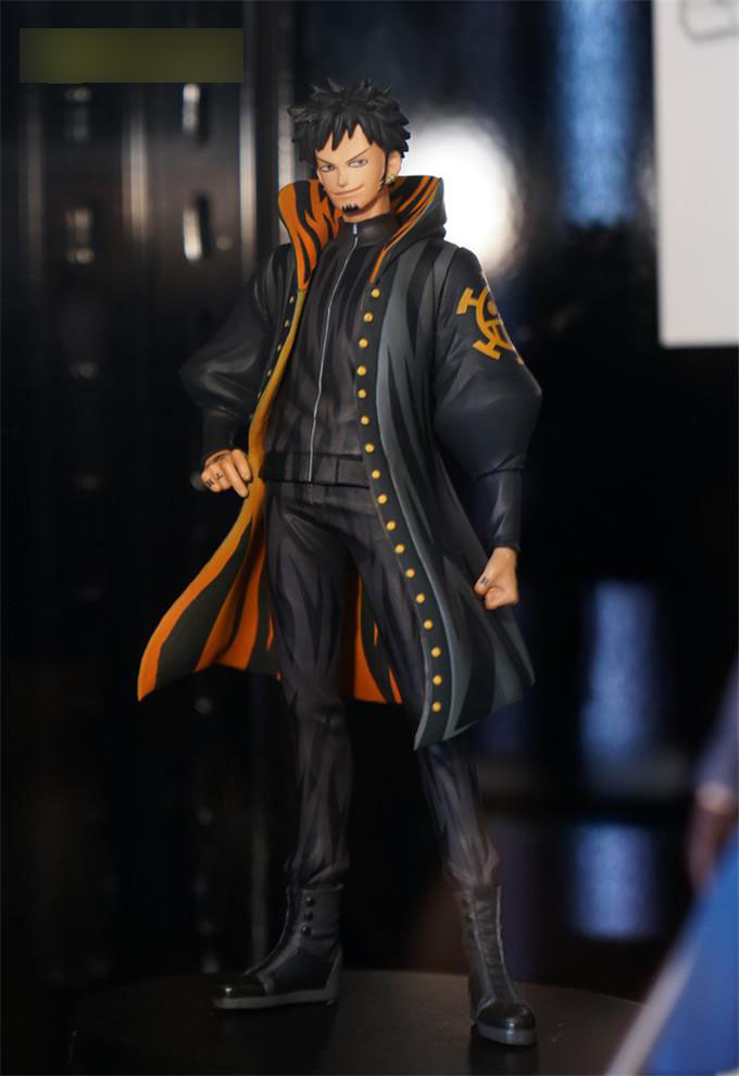 17CM Japanese original anime one piece figure Trafalgar D Water Law action figure collectible model toys for boys one piece figure japanese one piece nico robin pvc 17cm action figures kids toys japanese anime figurine doll free shipping