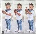 2016 verão meninos denim conjuntos de roupas crianças meninos bonitos curto-de mangas compridas T-shirt + jeans + cachecol 3 peças crianças conjunto de roupas