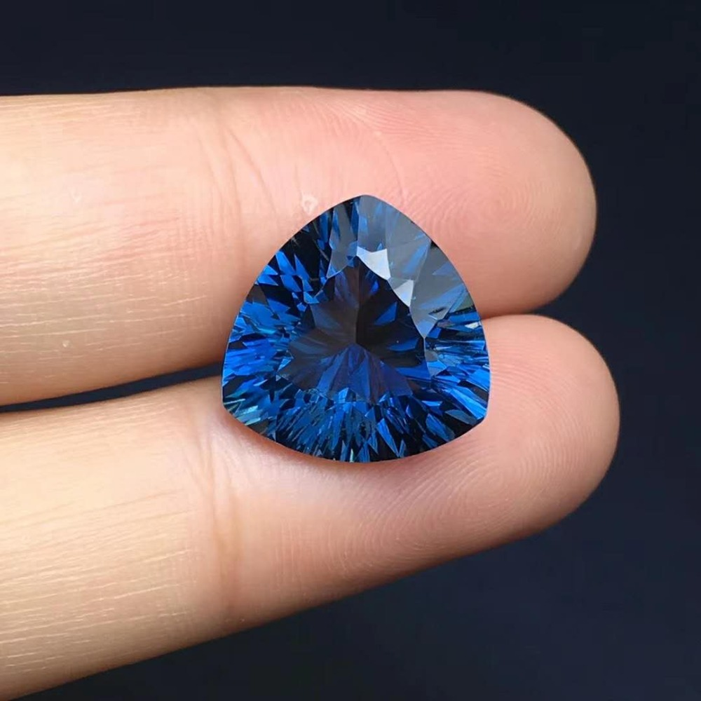 London Blue Topaz,color Super Beauty,weight 15*15*8.6mm,perfect Gemstone Perfect Quality 13.06ct,specifications