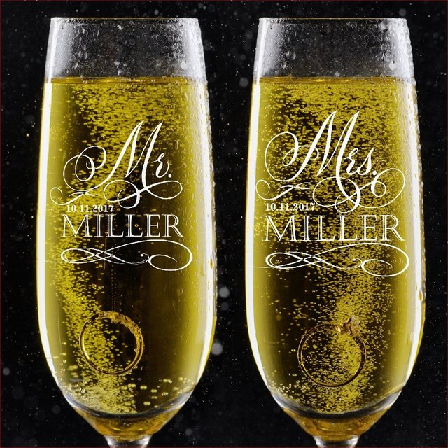 Personalized Toasting Glasses Set Of 2 Bride And Groom Champagne