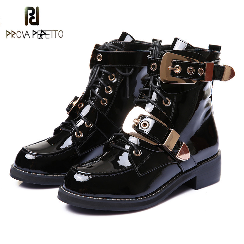 Prova perfetto 2019 Woman Martin Boots Soft Leather Metal Buckle Strap Low Heels Lace-up Woman Ankle Boots Black Flat BootsProva perfetto 2019 Woman Martin Boots Soft Leather Metal Buckle Strap Low Heels Lace-up Woman Ankle Boots Black Flat Boots