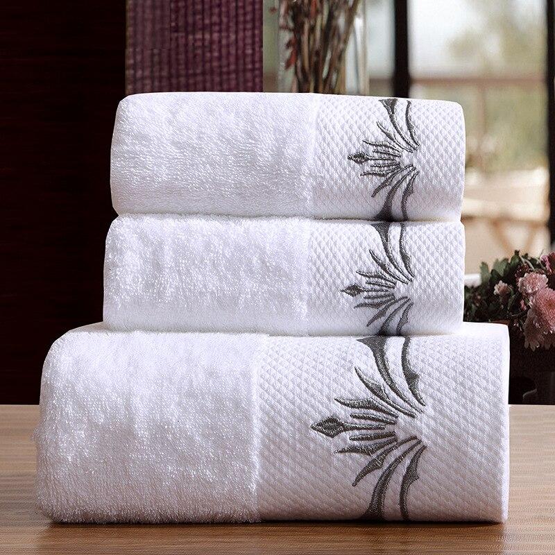 Haute qualité 16 S 5 étoiles hôtel serviette ensemble 100% peigné Cotten 3 pièces ensemble bain + visage + essuie-mains épaissi hôtel blanc serviettes de bain