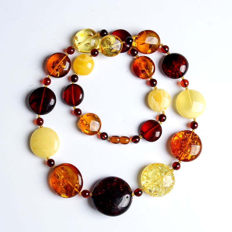 100%Beeswax pendant chain chicken oil yellow amber old beeswax necklace sweater chain blood white lanyard men and women special natural beeswax carp pendant chicken oil yellow old honey carving pendant necklace men and women sweater chain amber jewelry