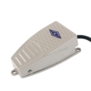 Foot Switch EKW-5A-B Pedal Switch Metal 5A 220V Electric Power Switch For Spot Welding Machine(China)
