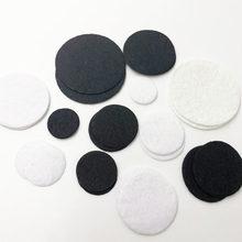 50 peças feltro 20/25/0/35/40/50mm círculo apliques-preto e branco frete grátis