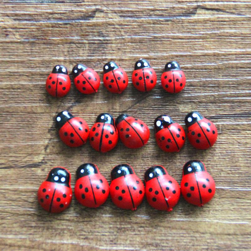 Free Shipping 100Pcs Wooden Ladybird Ladybug Sticker Children Kids Painted Adhesive Back DIY Craft Home Party Holiday Decoration