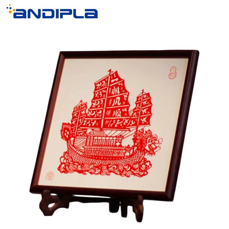 Chinese Features Crafts Traditional Handmade Paper Cut Crafts Desktop Ornaments Vintage Wood Photo Frame Home Decor Creative Art