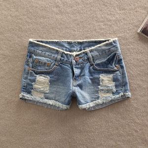 Image 2 - Лидер продаж 2019, высококачественные новые женские модные пикантные джинсовые повседневные джинсы с карманами, женские короткие брюки с заниженной талией, шорты для девочек