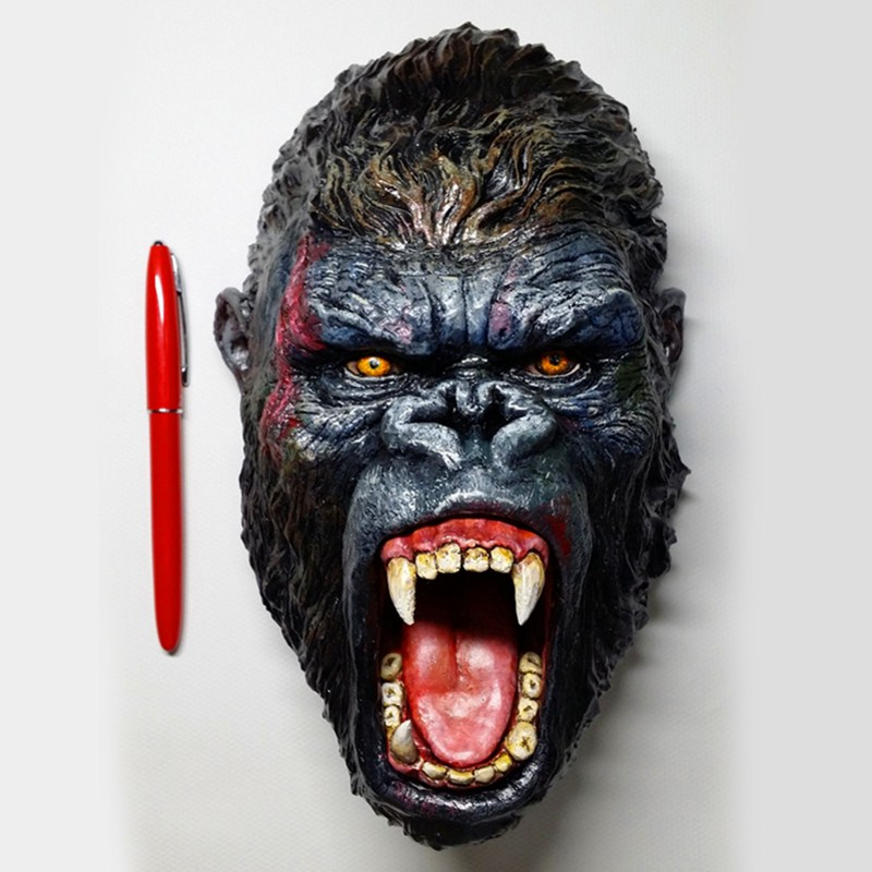 King Kong Gorilla Head Portraits Statue Thriller Hallowmas Wall Hanging Decorations PVC Action Figure Collection Model Toy L2373
