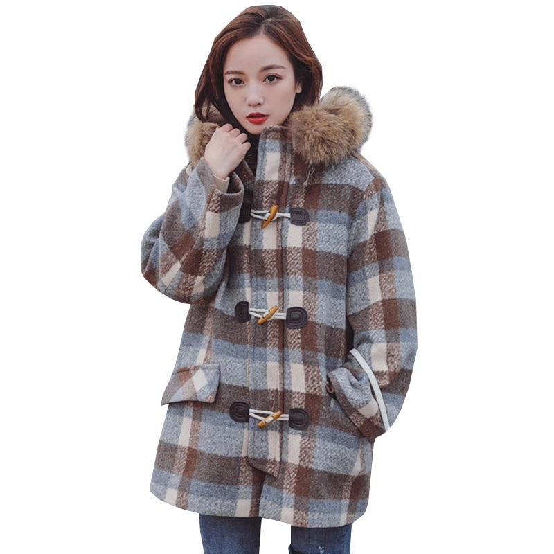 Réel grand col en fourrure épais manteau femme coupe-vent femmes hiver laine grande taille treillis veste corne bouton lâche Long pardessus H09