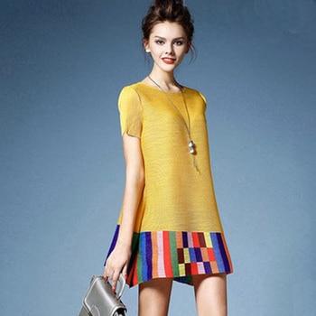 07070ad53 Issey-Miyake-Primavera-Verano-nuevo-2019-mujeres-elegante-redondo-plisado-Camiseta-de- manga-corta-Mujer-estampado.jpg 350x350.jpg