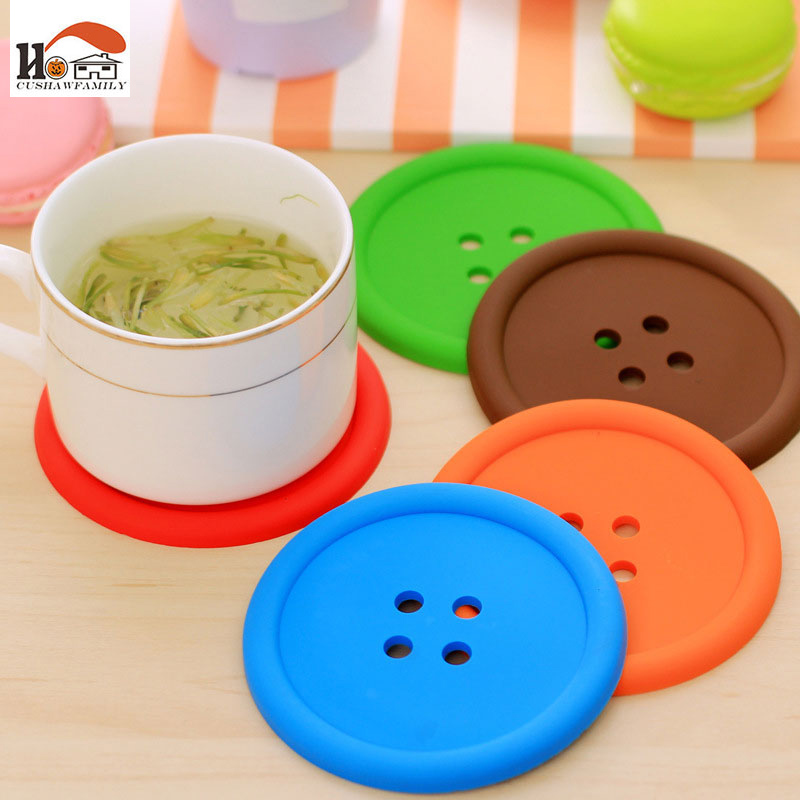 1 pcs <font><b>Cute</b></font> <font><b>Button</b></font> <font><b>shapes</b></font> circular <font><b>Silicon</b></font> Heat Resistant non-slip kids <font><b>Coaster</b></font> Kitchen Placemat Holder Coffee Table <font><b>Cup</b></font> Mats Pad