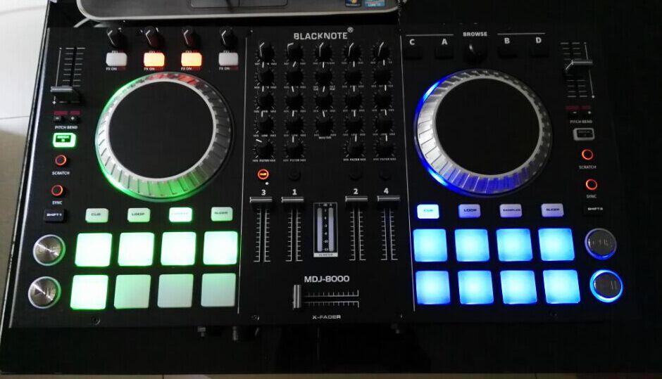 Mesa de mezclas dj segunda mano 186 ofertas de ocasi n for Mesa de mezclas virtual