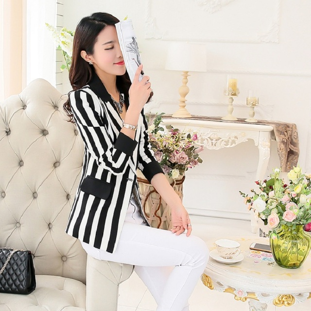 2016 New Spring And Autumn Women Blazer OL Slim Suit Back And White Stripe Blazer Outerwear Female Long Sleeve Suit Jacket