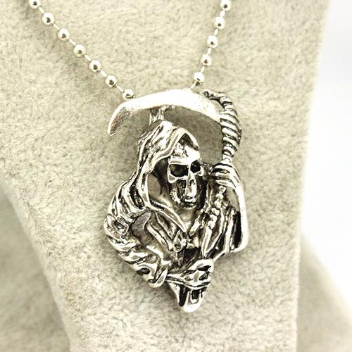 Pendant Necklace Necklace Fashion Vintage Skull Movie Accessories Jewelry For Men and Women Wholesale