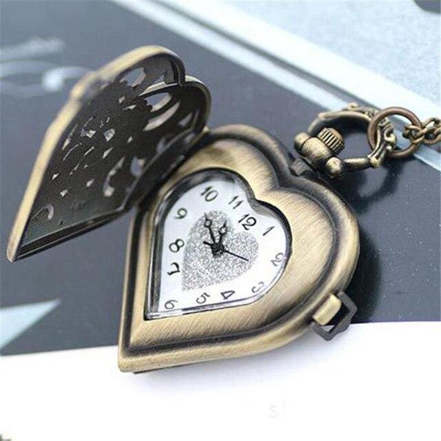Подарки в форме часов мех часы ракета купить