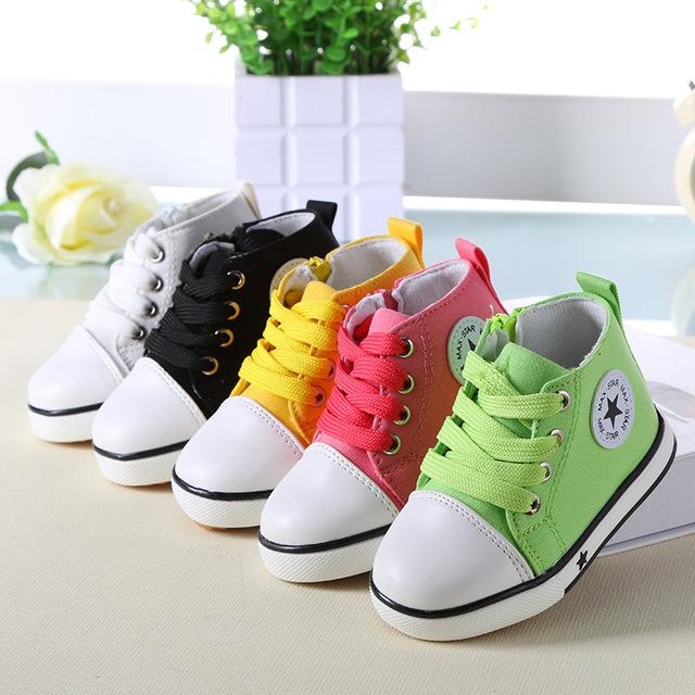 2016 Primavera Estrella de La Manera Zapatos de Bebé Zapatos de Los Niños Niños Niñas Colores Sólidos Zapatos de Lona para Niños Zapatillas Deportivas Botas de Niño 001