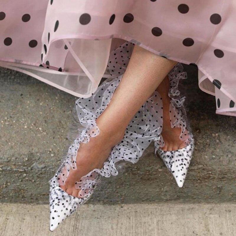 2019 Retro Spitze Pumpen Für Frauen Spitz Weiß Schwarz Dot Hohe Ferse Schuhe Frauen Mode Hochzeit Schuhe-in Damenpumps aus Schuhe bei  Gruppe 2