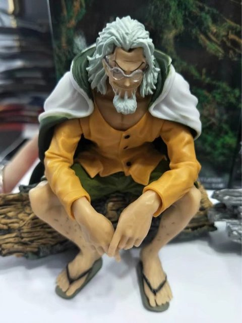 One Piece Silvers Rayleigh Anime Action Figure PVC New Collection Toy