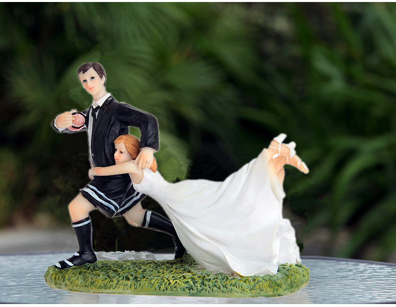 """""""Love Match"""" Football /Rugby Wedding Cake Toppers Couple Bride & Groom Cake Topper Figurines"""
