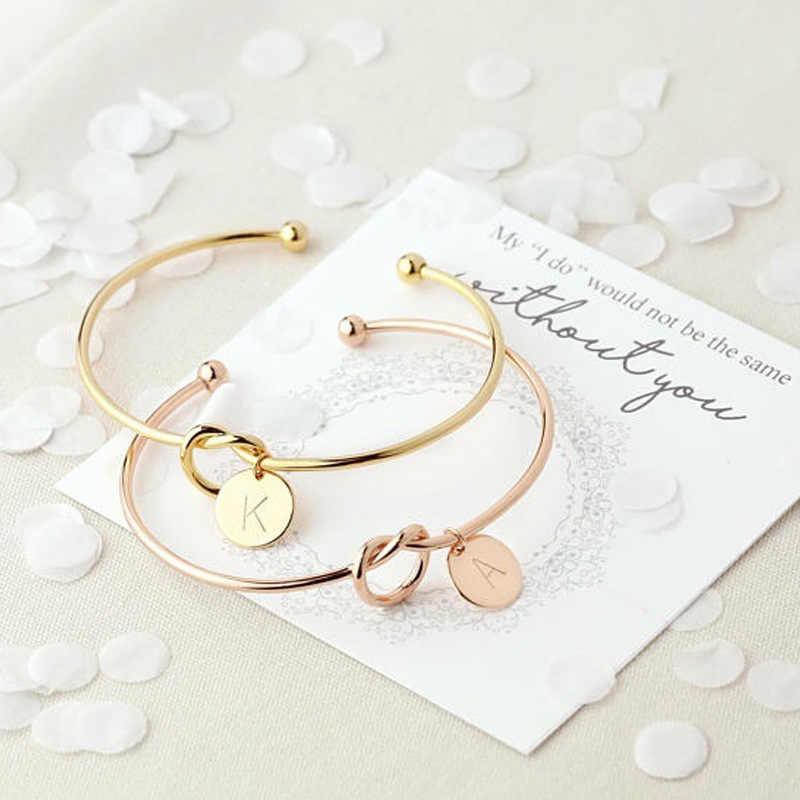Mestilo na moda gravata atada aberto manguito pulseira rosa ouro tira moeda 26 letras inicial charme pulseiras fio amor pulseiras para mulher