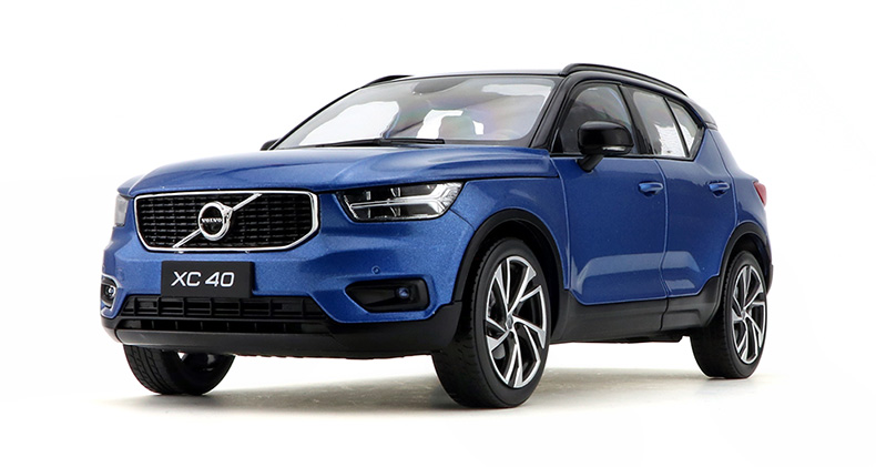 1:18 Diecast Model for Volvo XC40 2018 Blue SUV Alloy Toy Car Miniature Collection Gifts XC 40 1 18 diecast model for volvo v60 2016 blue suv alloy toy car collection