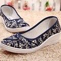 2016 Весна Осень Новый Прилив Женщин Холст Медсестра Рабочая Обувь Белый Синий Печати Середина Клин Пятки Дышащие Комфорт Повседневная Обувь