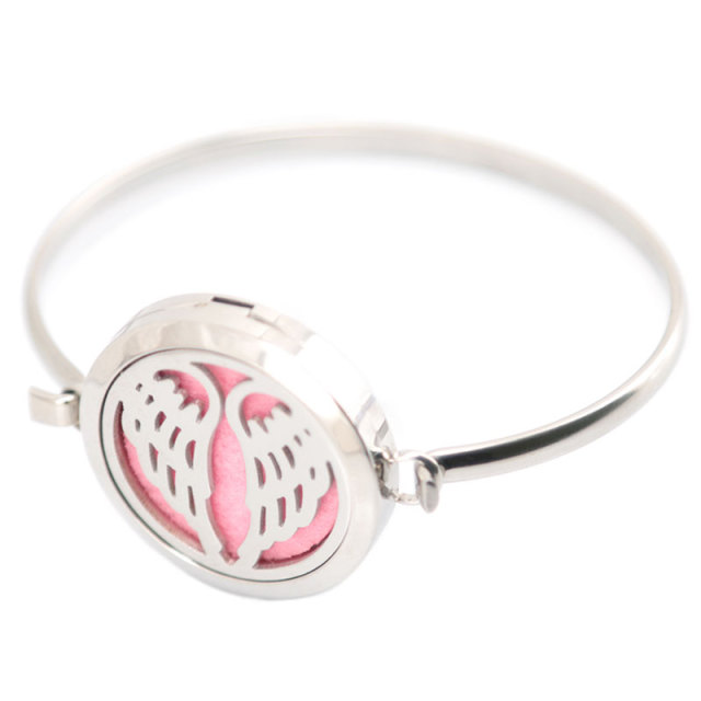 New design 5pcs Angel Aromatherapy / 316L s.steel Essential Oils Diffuser Locket bangle 7''-8''wrist and 20pcs felt pads 2