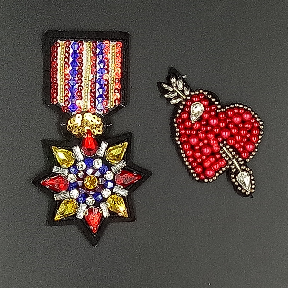 Handmade Rhineston beaded Patches Medal& love heart Sew on sequined pearl patch for clot ...