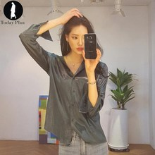 Today Plus 2017 New Fashion Wo men Blouse Sexy Satin Simple Turn-down Neck Loose Long Sle eve Chic Ladies Casual Shirt Blusa