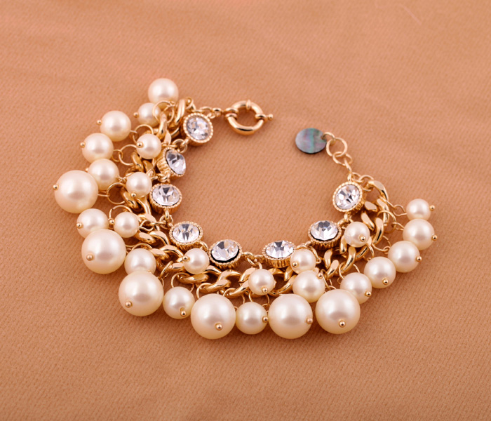 VC-LADY 2018 Fashion Simulated-Pearl Inlaying Gem Multi-Layer Bracelets Women Jewelry For
