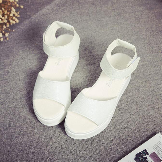 POADISFOO 2017 Summer  Fashion Comfy  Casual Sandals Cross Strip Low Platform Open Toe Leisure Shoes For Young Girls  .XL-189