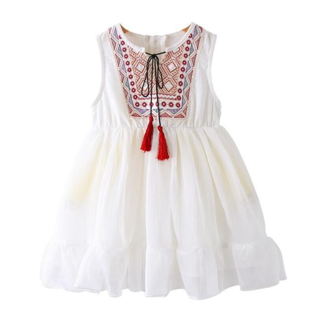 cf773deb7 2018 bordado blanco niñas vestido princesa playa del verano del bebé niño de  la muchacha ropa