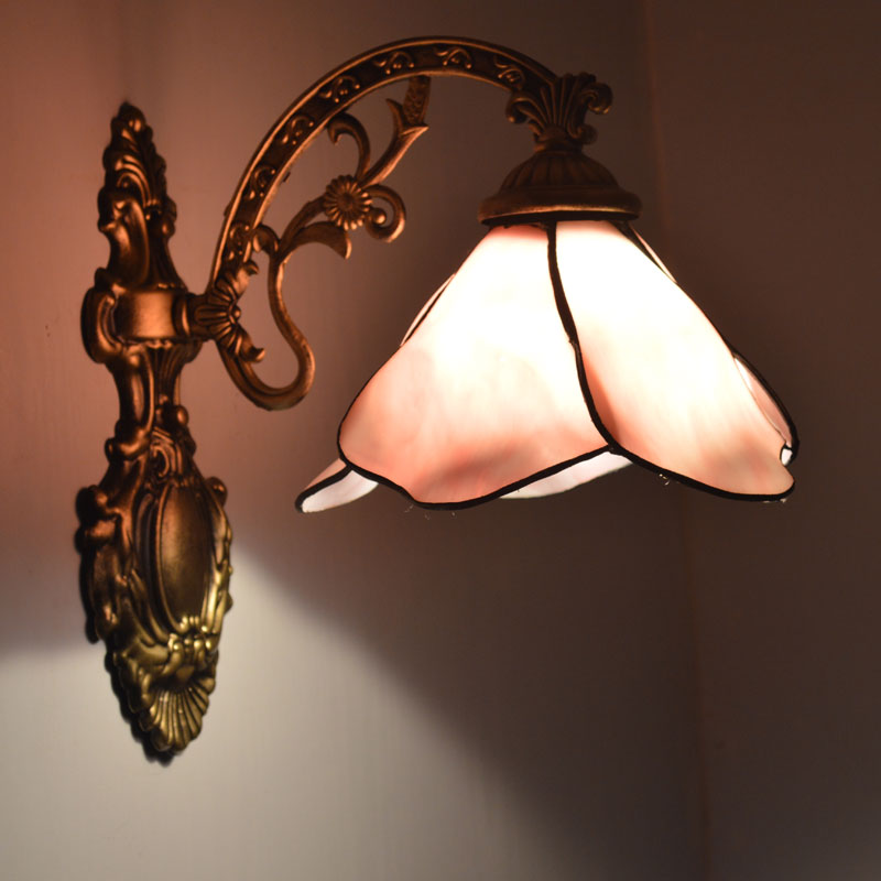 Pink Lotus Flower Tiffany Stained Glass Wall Lamp Countryside Bedside Bathroom Mirror Cabinet Wall Sconce E27 110-240V tiffany baroque sunflower stained glass iron mermaid wall lamp indoor bedside lamps wall lights for home ac 110v 220v e27