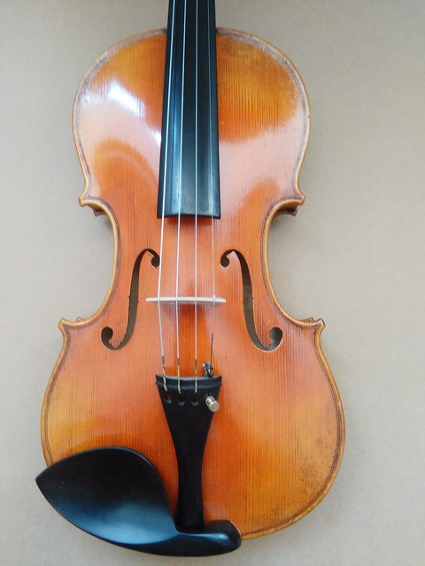 High Quality Violin 4/4 Good Tone Hand made European Spruce Top & Maple Back 9001#