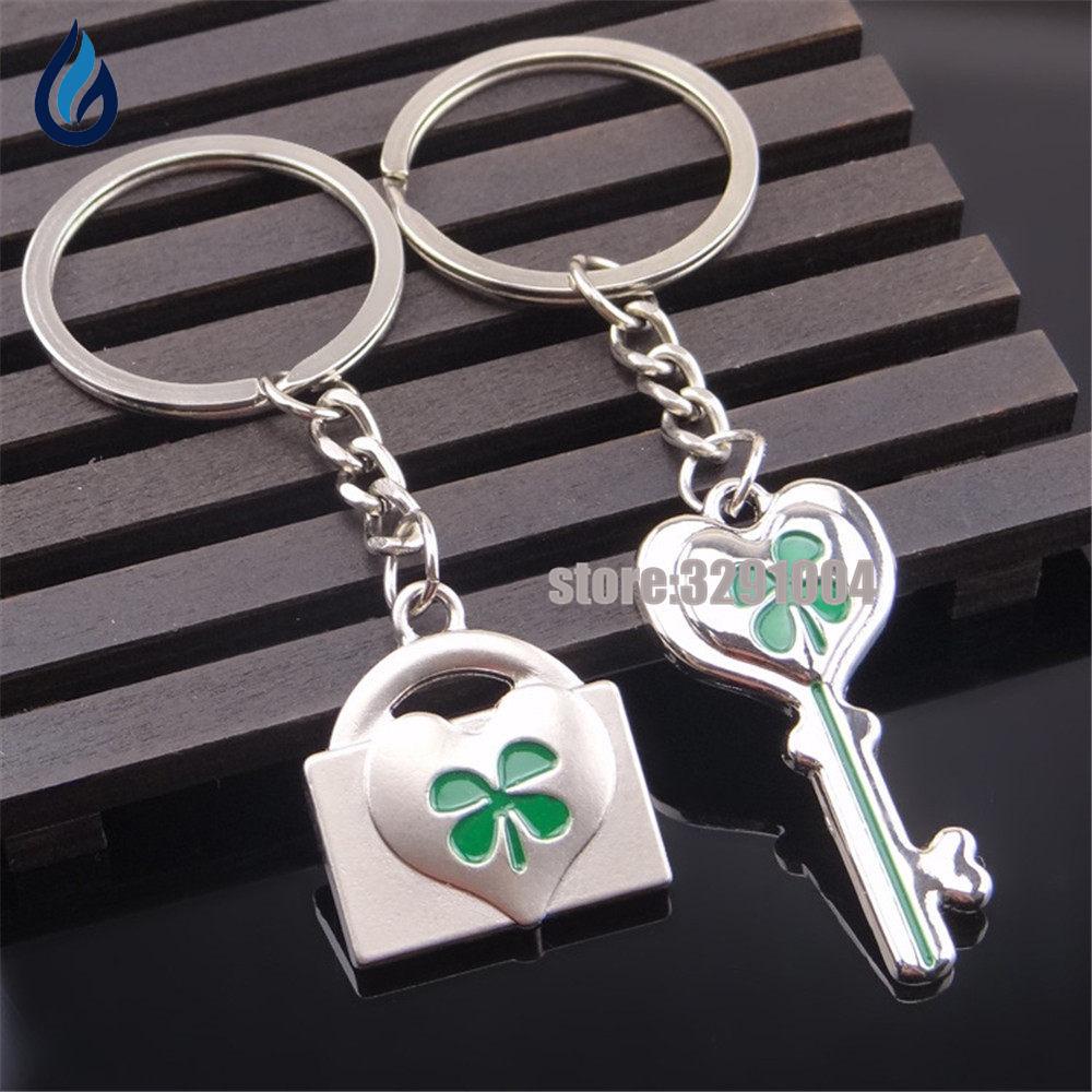 A Pair Keys And Locks Key Chain Bag Key Ring For Nissan Juke Ford Kuga Hyundai I30 Opel Vectra Vw Touran Subaru Keychain Keyring